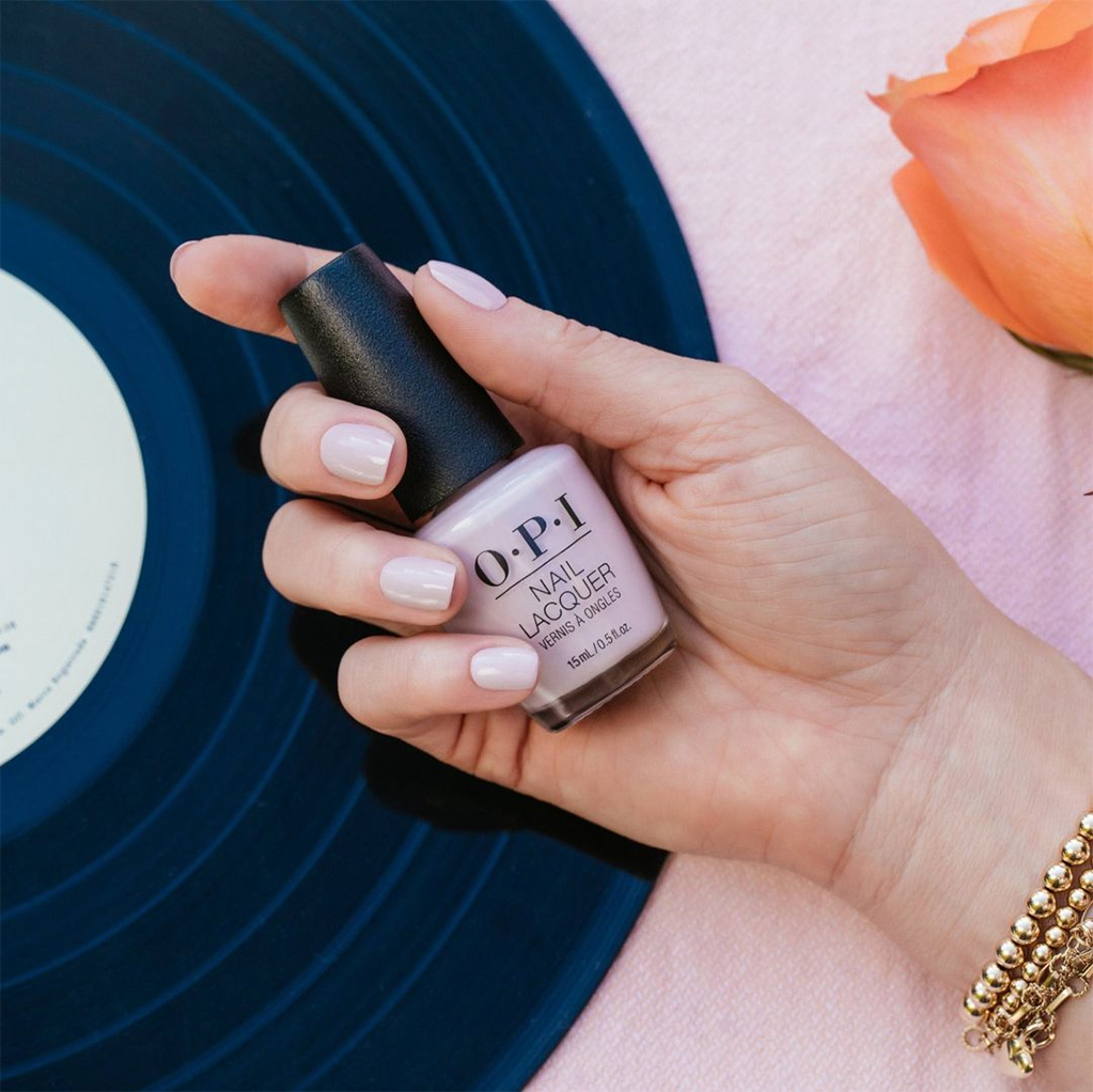 Get Your Best Gel Nail Manicure in 11 Simple Steps